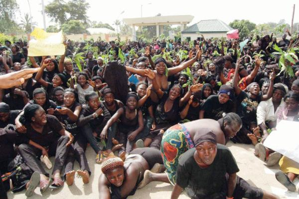 images_women_protest_in_Jos_104096746