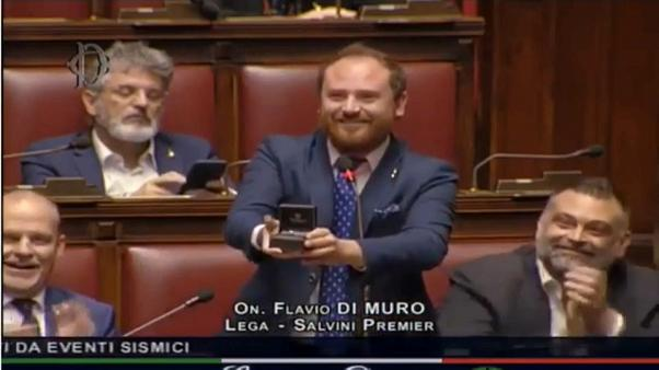 (Video)Italian MP proposes marriage during parliament debate on post-earthquake reconstruction