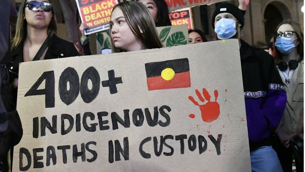 Australians defy covid:19 in mass anti-racism rallies